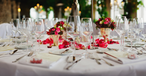 5 Factors to Consider In Selecting Your Wedding Catering Company